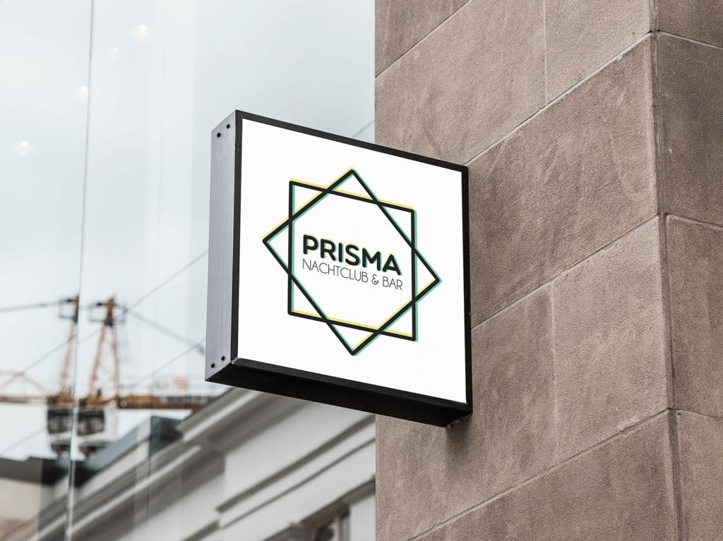 Darstellung des Logos des Nachtclubs Prisma mit den Farbe Schwarz, Gelb und Grün
